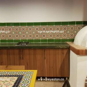کاشی سنتی با طرح اسپانیایی-مراکشی